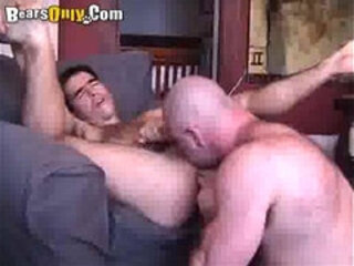 Mature Bear Likes To Rim And Fuck