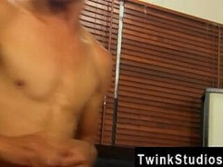 Teen virgin boys gay porn Conner Bradley likes to share his lengthy