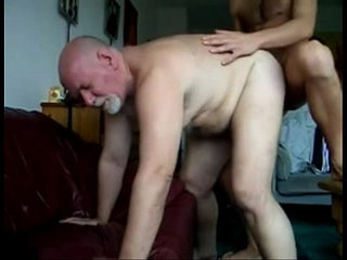 6;18 CHUB DAD FUCKED BY SON'S FRIEND