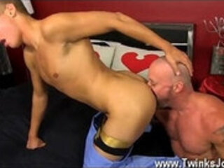 Amazing gay scene Muscled hunks like Casey Williams love to get some