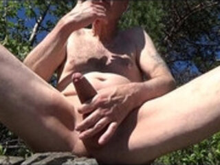 Pervert Ulf Larsen pee, wank, suck while exhibiting himself outdoor!