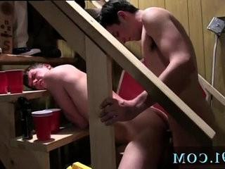 Watch free gay muscle polish porn Pledges in saran wrap, bobbing